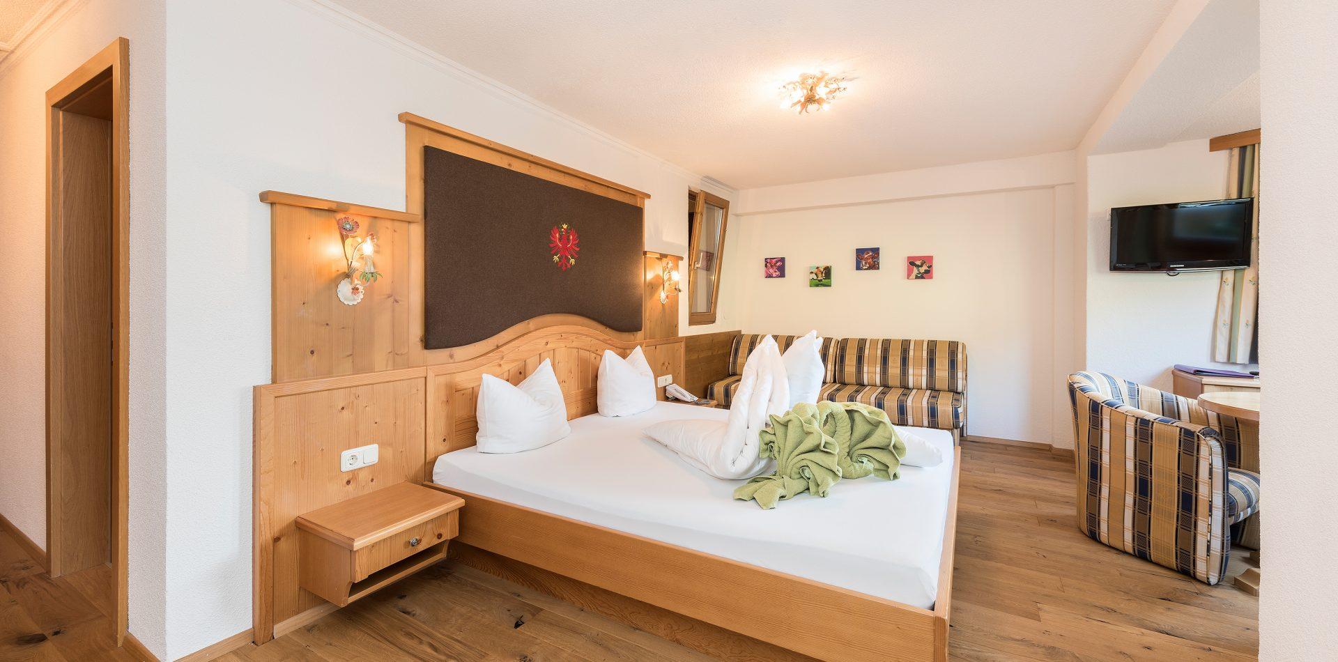 Tirol Zimmer im Hotel Erika in Neustift