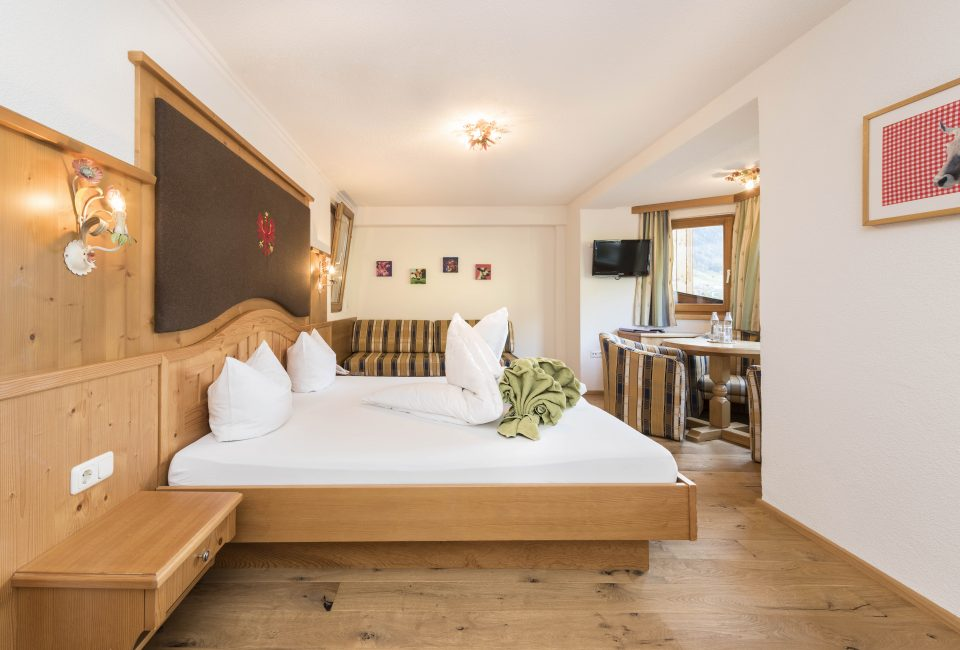 Klassikzimmer Bergblick im Hotel Erika in Neustift