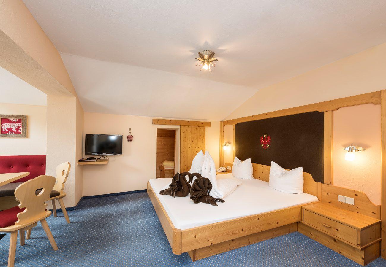 Klassikzimmer Talblick im Hotel Erika in Neustift