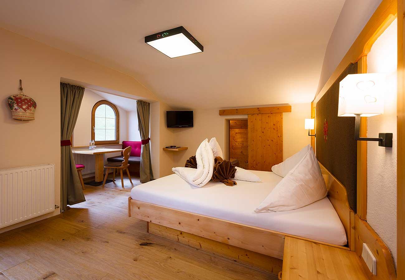 Familienzimmer im LifeStyle Hotel Neustift, dem Hotel Wandern in Tirol