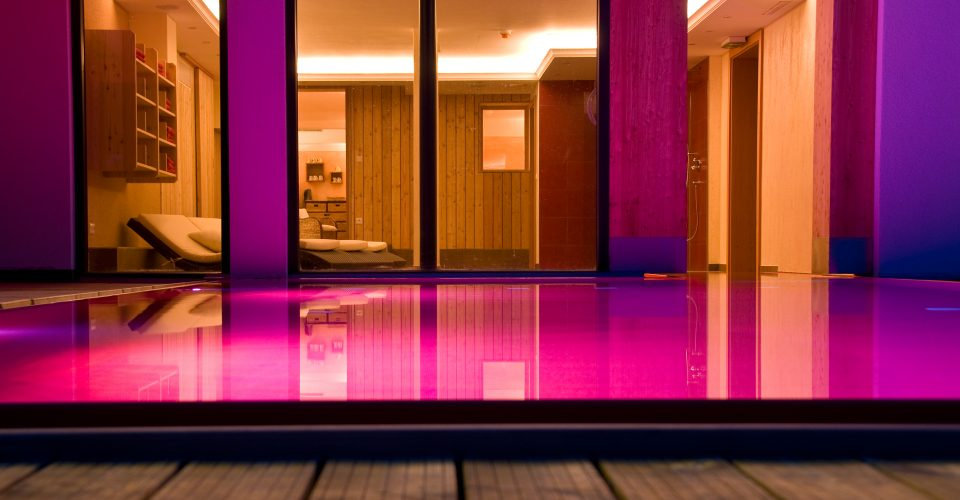 Outdoorpool vom LifeStyle Hotel Neustift