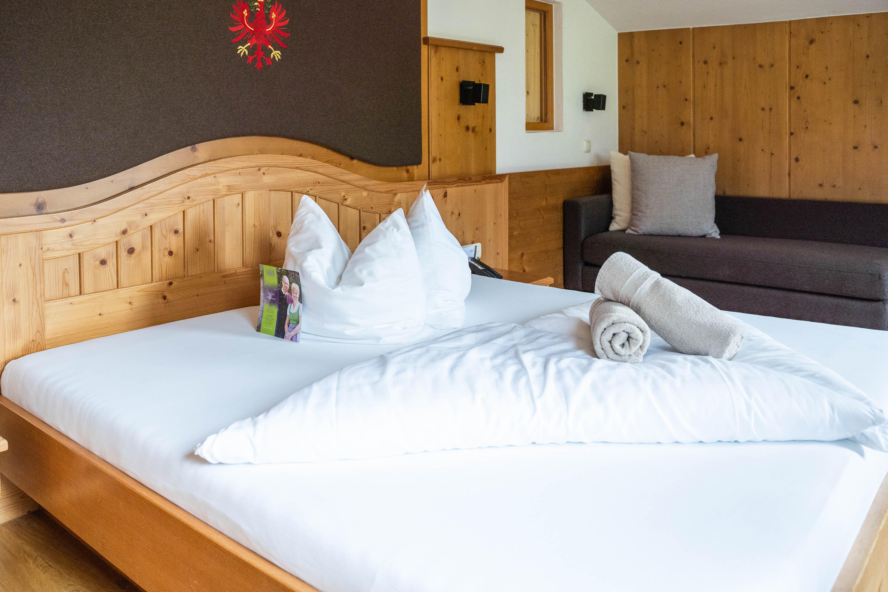 Zimmer mit Talblick im Hotel Erika Neustift
